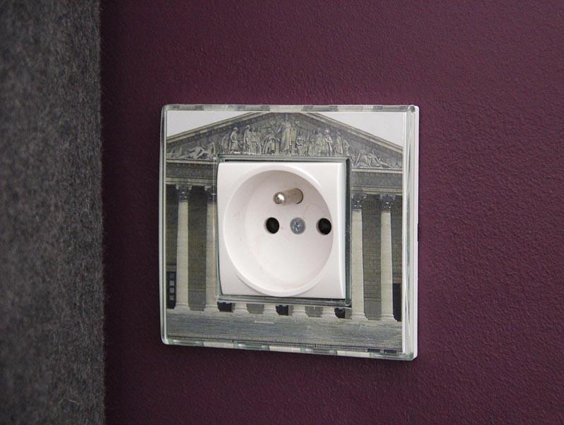 interrupteurs et prises de courant sur mesure carlos designer. Black Bedroom Furniture Sets. Home Design Ideas